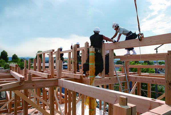 100年もつ家づくり:建て方